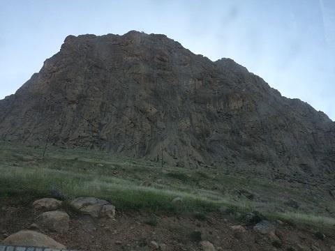 اسپلیت: صعود مسیر عقابها (دیواره بیستون) ، تقدیم به «پروانه کاظمی» بانوی هیمالیانورد کشور