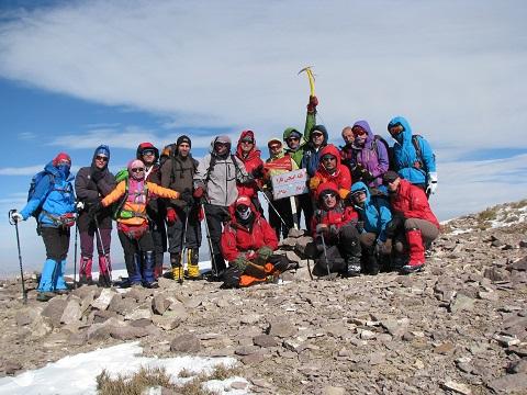 هر هفته یک برنامه«شماره ۶۷۲»/ این بار گزارش برنامه صعود قله اینجاقارا – ساوه (۹۵/۱۰/۲۴)