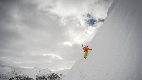 kilian-climbing-everest-h