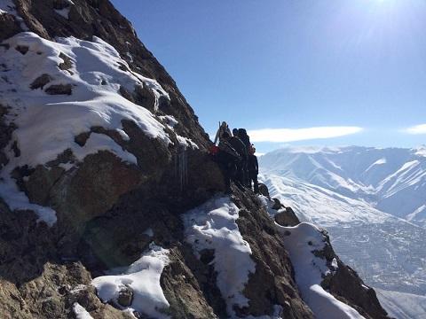 گزارش صعود قله شاه دژ از مسیر دیواره جنوبی(جدید) ۱۳۹۹/۹/۲۱- هر هفته یک برنامه«شماره ۸۹۱»