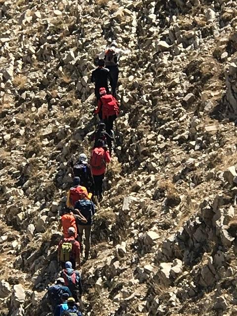 گزارش صعود قلل آسمان کوه «مسیر روستای گرمابدر» ۱۴۰۰/۶/۲۶ – هر هفته یک برنامه «شماره ۹۳۲»