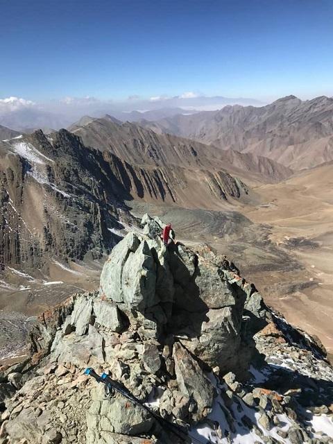 گزارش برنامه صعود قلل هرزه کوه و برجهای خلنو ۱۴۰۰/۷/۱۶ – هر هفته یک برنامه «۹۳۶»